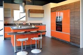 cuisine en verre cuisine portes verre laqué et mélaminé impression bois