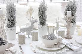 Christmas Table Decoration Uk by Impressive Table Settings For A Lavish Christmas Dinner Amberth