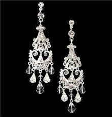 bridal chandelier earrings stunning swarovski bridal chandelier earrings we8319