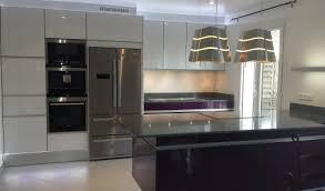 cuisine moderne avec ilot cuisine aménagée réalisations yerres