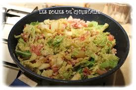 cuisiner le chou frisé poêlée chou vert pommes de terre lardons les folies de