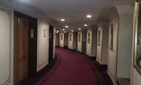 file second tier corridor royal albert hall jpg wikimedia commons