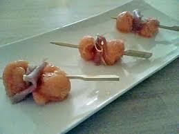 cuisine parme recette de brochettes apéritives de melon et jambon de parme