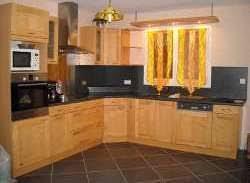 cuisine en bois frene menuisier artisan fabricant de cuisines meubles salles de bains