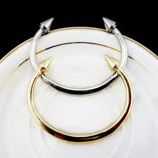 Wedding Gift For Best Friend One Piece Famous Gold Silver Conical Rivet Double Arrow Bangle
