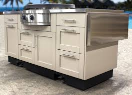 Brady Bunch Kitchen by Danver Stainless Outdoor Kitchens Launches Mobile Kitchens For The