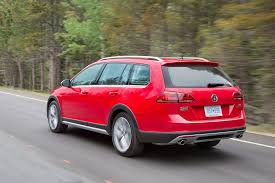 2017 volkswagen golf alltrack first test quicker than expected