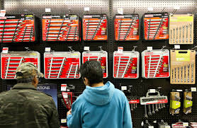 Crafstman by Sears Buys Time With Craftsman Brand Sale Store Closures Wsj