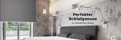 schlafzimmer verdunkeln schlafzimmer plissees perfekte verdunkelung livoneo