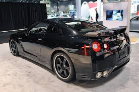 nissan gtr day hire nissan gt r matte black and pink covet pinterest nissan