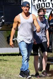 magic mike xxl behind the parata di fusti per magic mike xxl behind the scenes pinterest