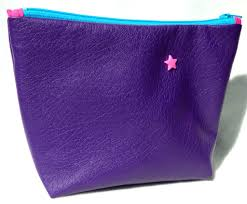 trousse de toilette girly trousse à maquillage girly en simili cuir souple violet doublure