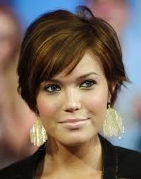 pictures of hairstyles for a full face women short haircuts for all faces short hairstyle full face