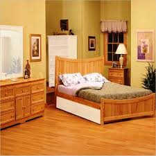 Amazing Bedroom Designs With Wood Flooring Rilane - Wood bedroom design