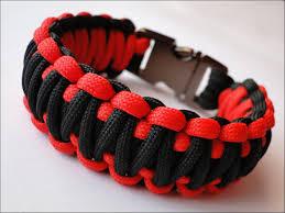 dragon paracord bracelet images How to make the quot dragon teeth quot paracord survival bracelet bored jpg