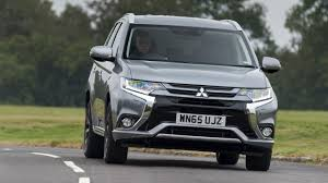 mitsubishi jeep 2015 first drive the 2016 mitsubishi outlander phev 2015 2015 top gear