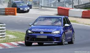 black volkswagen gti 2017 volkswagen golf r 400 spy shots