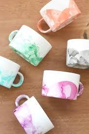 diy marbled mugs with nail polish diycandy com