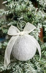 easy diy sparkling glitter ornaments shelterness