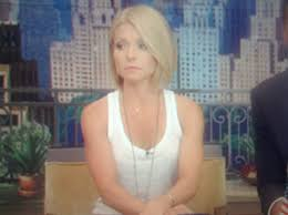 kelly ripa hair kelly ripa debuted a new haircut on live just now you like glamour