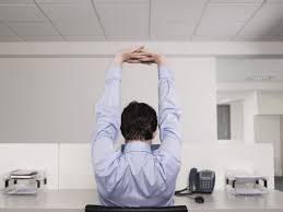Schreibtisch Um Die Ecke übungen Am Schreibtisch So Werden Sie Im Büro Aktiv Staples