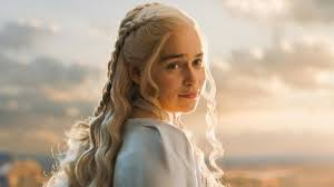 Emilia Clarke Bathtub Sexism In Hollywood Is Like Dealing With Racism Game Of Thrones