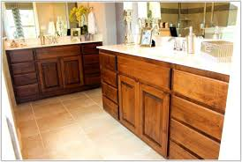 cleaning wood kitchen cabinets cleaning kitchen cabinets with vinegar and water the most amazing