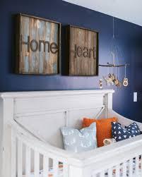 chambre bebe orange une chambre de bébé orange et bleue shake my