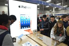 Apple Retail Jobs Why Are Apple Google Microsoft And Samsung Interested In Best Buy