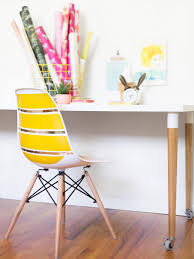 how to make a diy wall decal chair hgtv blogger diy wall decal chair