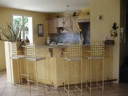 comment relooker une cuisine ancienne relooking d une chaise en formica comment relooker une
