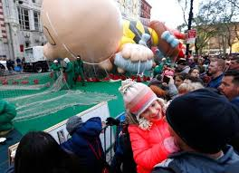 macy s parade begins with balloons bands and security nbc 2