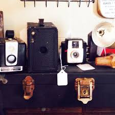 love these vintage cameras download the app fleatique on