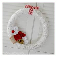 Christmas Tree Wreath Form - make a 5 valentine u0027s day wreath w burlap and yarn fox hollow