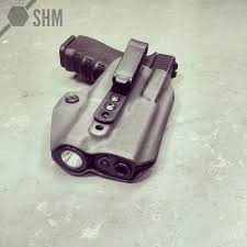 iwb light bearing holster snake hound machine releases shm ray holster soldier systems daily