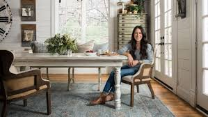 Chip And Joanna Gaines House by Fixer Upper U0027s U0027 Joanna Gaines Launches Rug Line For Loloi Today Com