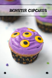 Halloween Monster Cakes by Monster Cupcakes I Heart Nap Time