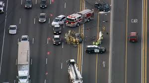 2 killed 5 hurt in 5 freeway accident in irvine abc7news com