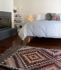 tapis chambre a coucher tapis comment meubler la chambre à coucher webtapis tapis