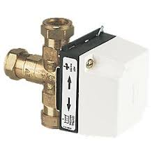 danfoss hs3 3 port motorised valve motorised valves screwfix com