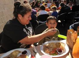 wing and a prayer rescue mission serves thanksgiving meal in