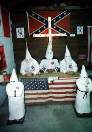 what is the confederate flag why is it considered by some