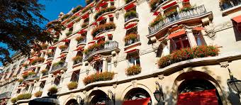 images of paris hotel plaza athénée 5 star luxury hotel dorchester collection