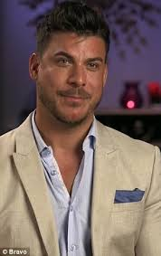 jaxs hairstyle jax taylor lashes out after instagram users body shame girlfriend