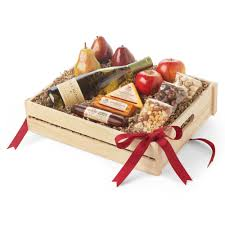 cheese gift box gift guide hickory farms sweet and savory gift box