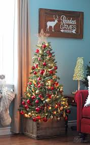 Homes With Christmas Decorations by 25 Best Apartment Christmas Ideas On Pinterest Christmas Decor