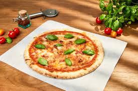 cuisine tv recettes vues à la tv pizza margarita recette pizza margherita ou margarita recette vue