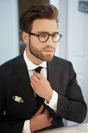 Hairstyles For Square Face Men by How To Pick The Perfect Pair Of Glasses Men U0027s Fashion Mens