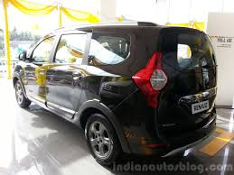 renault lodgy renault lodgy stepway launched costs inr 60 000 more