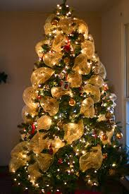 decorate your tree with bows ribbon holidappy